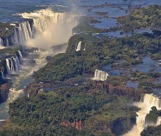 IGUAZU FALLS (Misiones)